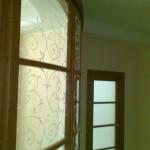 Раздвижные, радиусные двери с виниловой наклейкой