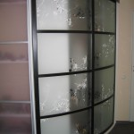 Радиусная, раздвижная дверь в шкаф-купе