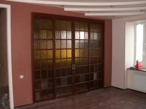 Раздвижная дверь с рельефным стеклом